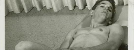 nude gay man, naked men, nude men, nude boys, gay socks, male white socks, gay white socks,